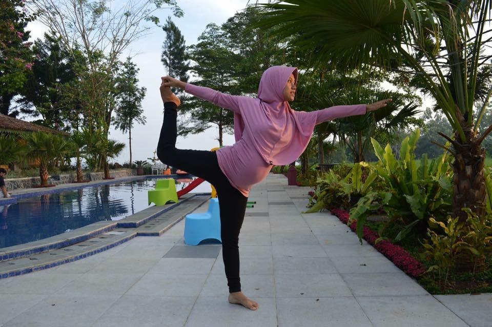Yoga Hamil dan Hypnobirthing di Trimester 2 Kehamilan