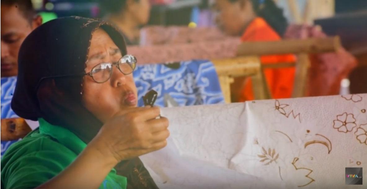Srikandi Batik dari Trusmi, Jadikan Batik Lebih Baik